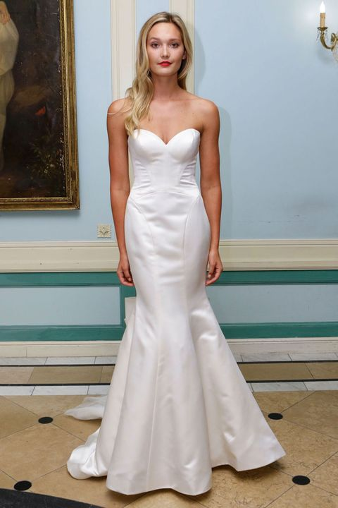 Clothing, Dress, Shoulder, Floor, Flooring, Joint, White, Bridal clothing, Gown, Style,