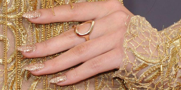 Best Christmas glitter nail polishes