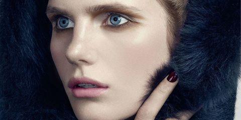 Lip, Skin, Eyelash, Eyebrow, Iris, Beauty, Eye shadow, Organ, Nail, Fashion,
