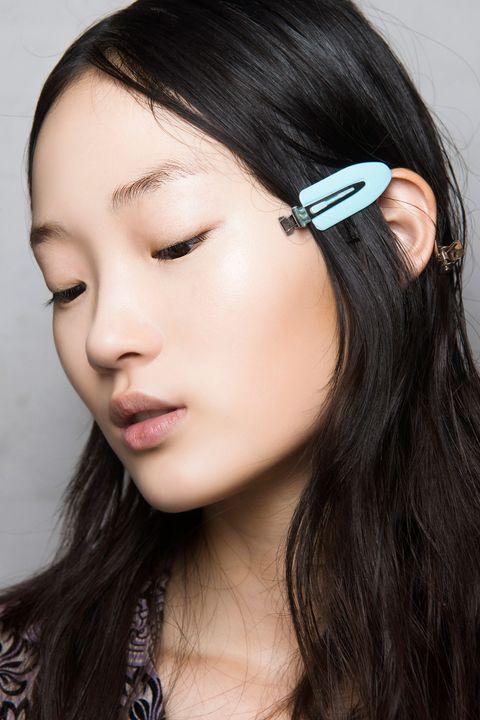 Hair, Lip, Cheek, Hairstyle, Chin, Forehead, Eyebrow, Eyelash, Earrings, Style,