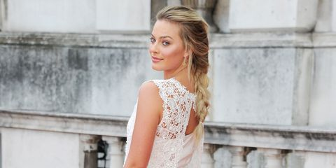 Margot Robbie wore her mother's wedding dress