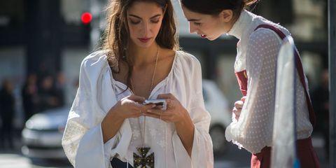 Sleeve, Street fashion, Fashion, Jewellery, Earrings, Necklace, Fashion design, Belt, Brown hair, Body jewelry,