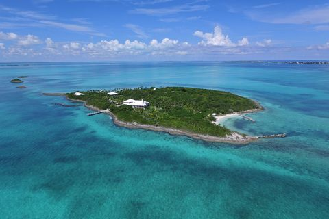 """<p><strong data-redactor-tag=""""strong"""">Price: <a href=""""http://www.sothebysrealty.com/eng/sales/detail/180-l-1149-g7h24r/foots-cay-guana-cay-ab"""" target=""""_blank"""">$16,000,000</a>(approximately £13,000,000)</strong></p><p>This enchanting 20-acre private Bahamian cay on the Sea of Abaco is just 30 minutes from the international airport and jet service. The Sea of Abaco, with its surrounding cays, offers phenomenal sailing, fishing, and diving. Vibrant coral reefs, colonial settlements, and deserted sand banks are all within a 10-minute boat ride. (Via Sotheby's International Realty.)<br></p>"""