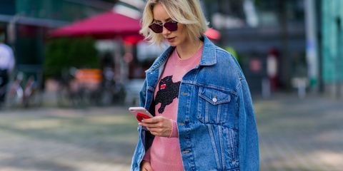 99fa35d40f4195 10 denim pieces that every woman should own