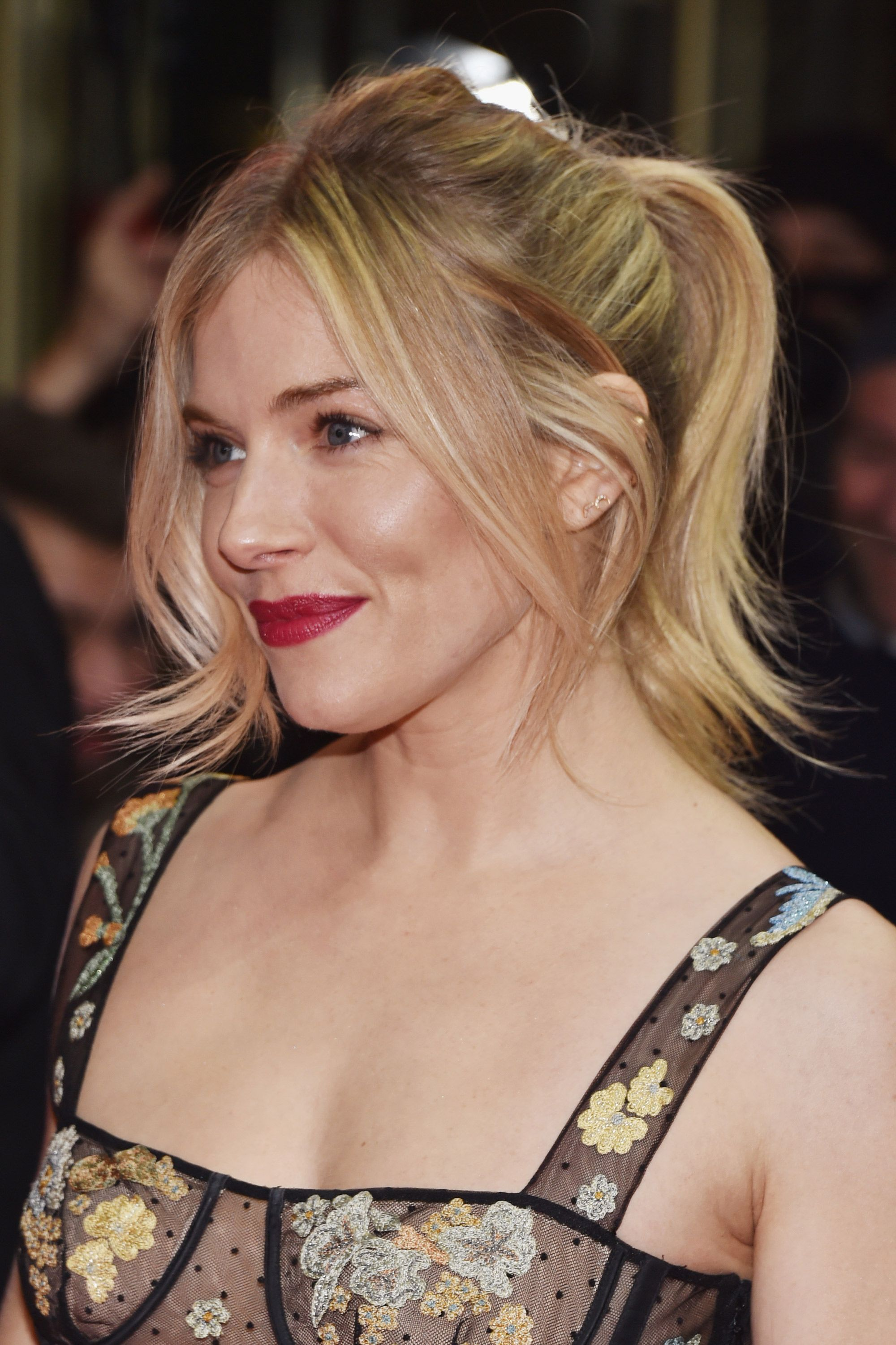 The luxury facials Sienna Miller, Michelle Williams and Naomi Watts get for an awards season glow