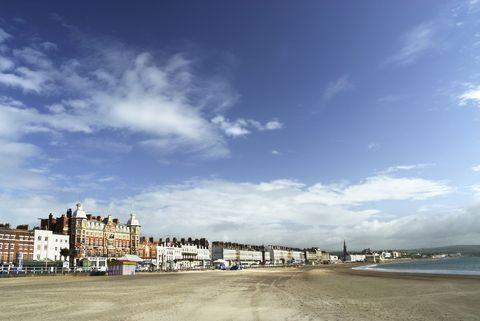 Sky, Cloud, Daytime, Sea, Beach, Town, Coast, Ocean, City, Shore,