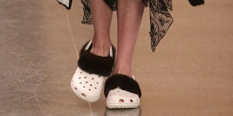 Footwear, Human leg, Style, Fashion, Black, Foot, Toe, Calf, Ankle, Dancing shoe,