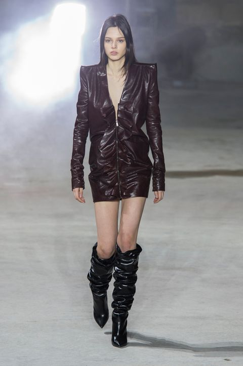 Fashion model, Fashion show, Fashion, Runway, Clothing, Leather, Shoulder, Joint, Thigh, Knee,