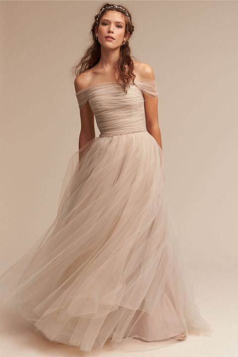 Gown, Clothing, Fashion model, Wedding dress, Dress, Bridal party dress, Shoulder, Bridal clothing, Photograph, Waist,