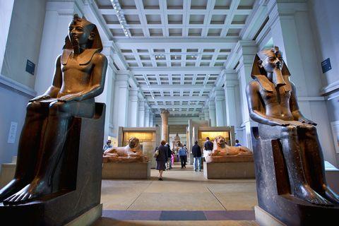 Sculpture, Statue, Art, Architecture, Museum, Tourist attraction, Monument, Classical sculpture, Building, Stock photography,
