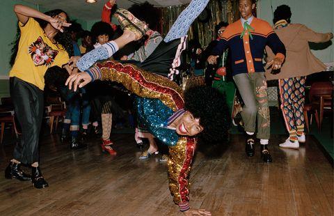 Fun, Event, Entertainment, Performing arts, Dancer, Artist, Dance, Choreography, Performance art, Costume,