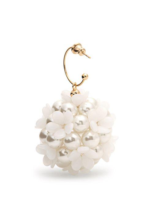 Jewellery, Fashion accessory, Pearl, Body jewelry, Earrings, Silver, Plant, Flower, Metal,
