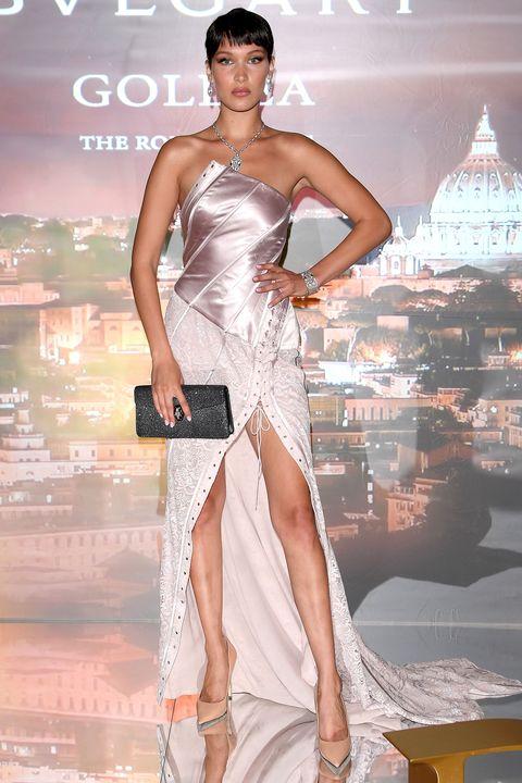 Human body, Shoulder, Dress, Joint, Style, Fashion model, Thigh, Fashion accessory, Fashion, Waist,