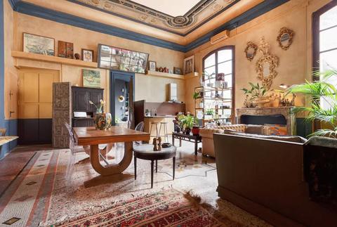 Room, Interior design, Building, Property, Ceiling, Furniture, Living room, House, Real estate, Home,