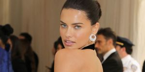 Adriana Lima engaged