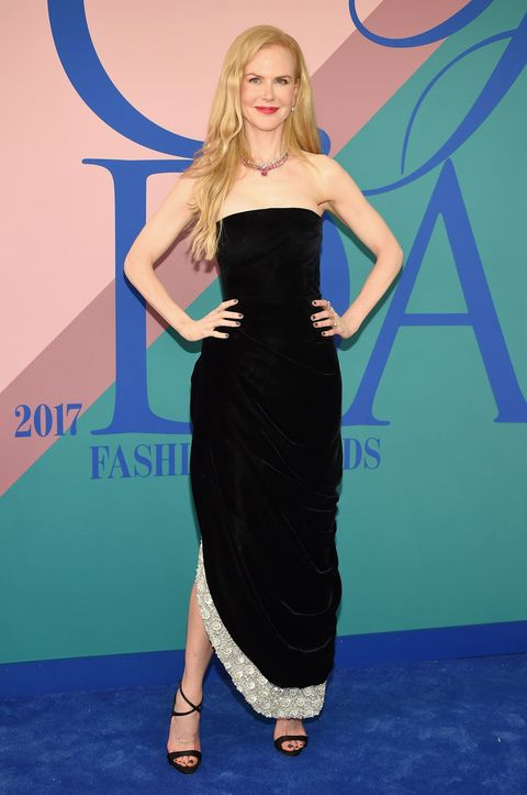 Dress, Clothing, Cobalt blue, Strapless dress, Red carpet, Carpet, Shoulder, Cocktail dress, Electric blue, Premiere,