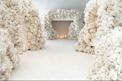 Oil Tycoon Heir Marries His Model Girlfriend In GBP5 Million Blenheim