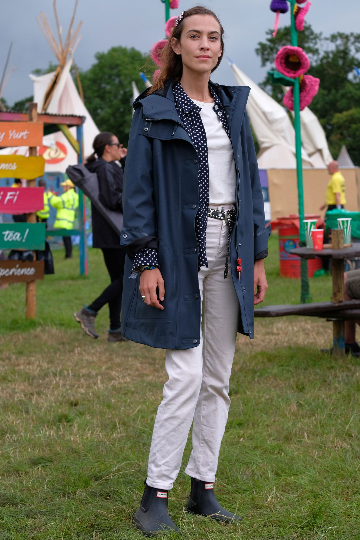 439d05f6946 White denim trend 2017 – Best white denim jeans
