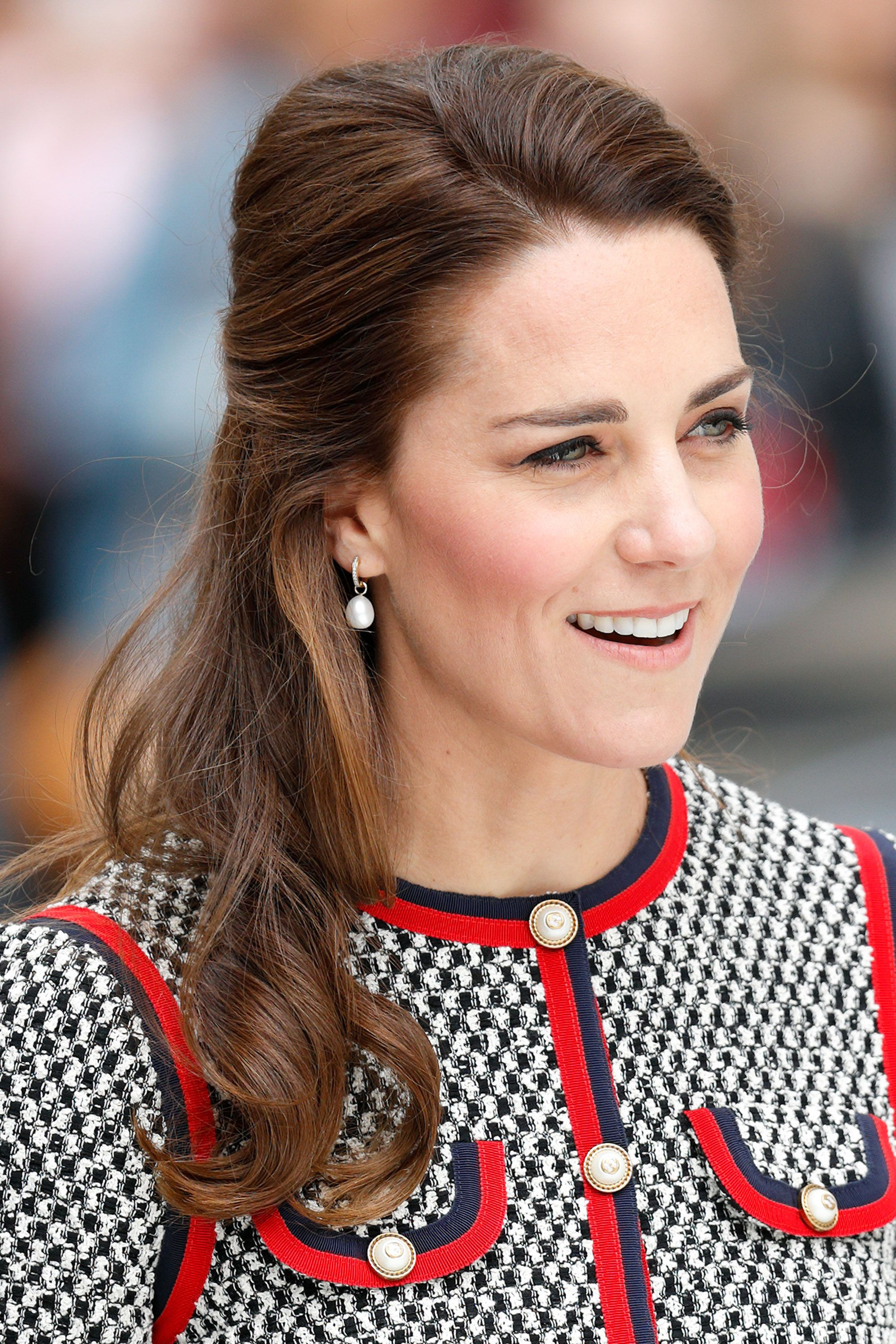 Duchess Of Cambridge Haircut Kate Middleton Shows Off New Shorter