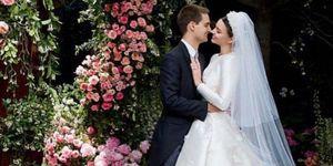Miranda Kerr wedding dress pictures