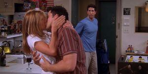 Friends - Joey and Rachel kiss