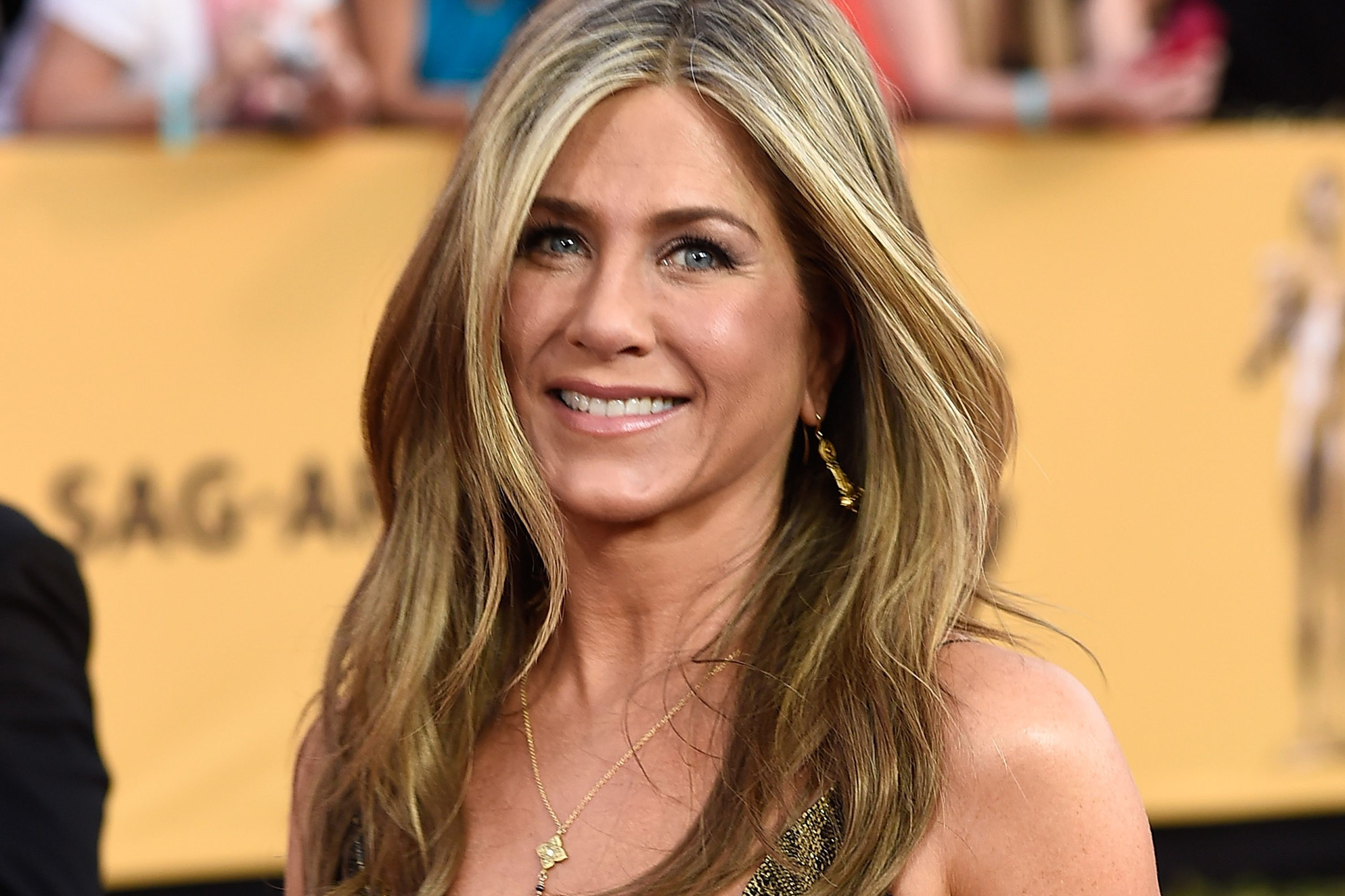 Jennifer Aniston On Sexist Media Chatter Maybe Im Not Here To