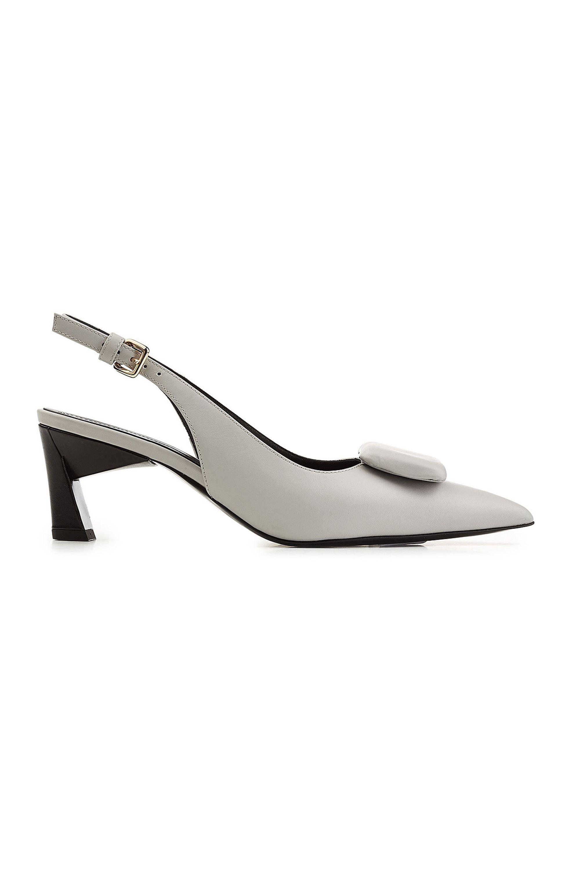f7ede352383 Kitten heels fashion trend  11 key styles