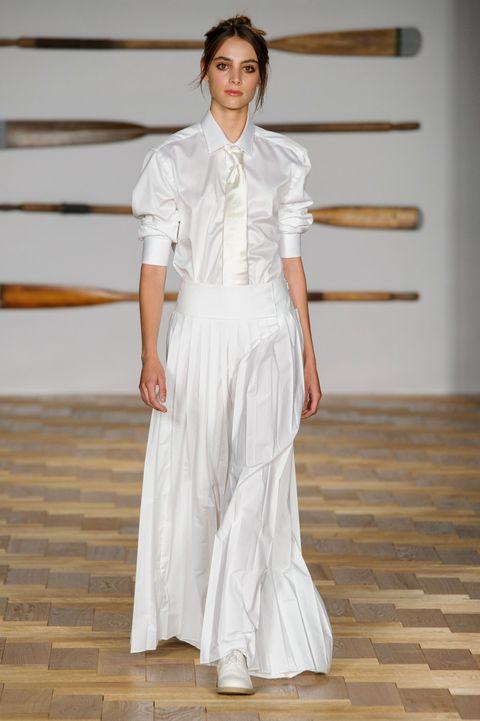 White, Fashion, Clothing, Runway, Fashion model, Fashion show, Haute couture, Fashion design, Dress, Shoulder,