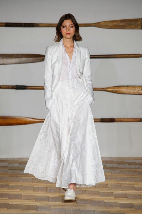 White, Clothing, Fashion, Dress, Fashion model, Haute couture, Outerwear, Fashion design, Fashion show, Formal wear,