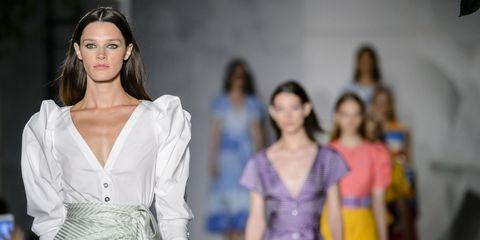 Fashion model, Fashion, Fashion design, Beauty, Fashion show, Runway, Haute couture, Event, Fun, Model,