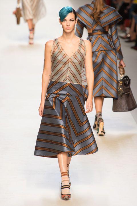 Fashion show, Fashion model, Fashion, Runway, Clothing, Shoulder, Public event, Dress, Haute couture, Pattern,