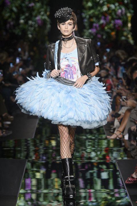 Fashion, Runway, Clothing, Blue, Pink, Fashion show, Haute couture, Fashion design, Purple, Fashion model,