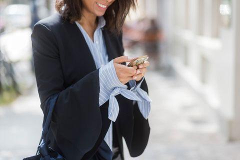 Street fashion, Clothing, Blazer, Outerwear, Suit, Fashion, Formal wear, Jacket, White-collar worker, Mobile phone,