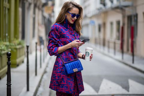 Eyewear, Glasses, Sleeve, Bag, Outerwear, Sunglasses, Style, Street fashion, Pattern, Fashion accessory,