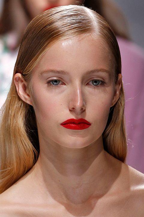Blumarine makeup trends spring summer 2018