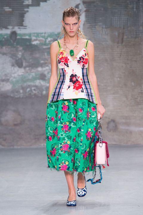 Fashion model, Clothing, Day dress, Runway, Fashion, Fashion show, Shoulder, Dress, Waist, One-piece garment,