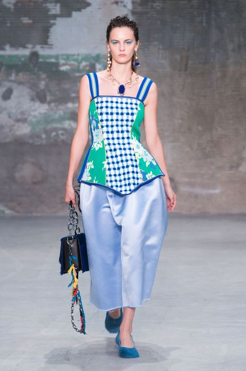 Fashion model, Clothing, Fashion, Blue, Fashion show, White, Runway, Turquoise, Fashion design, Shoulder,