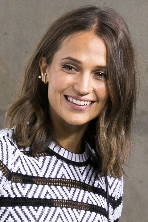 Alicia Vikander mid-length hair - long bob