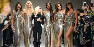Versace supermodel reunion - Cindy, Naomi, Carla, Claudia and Helena