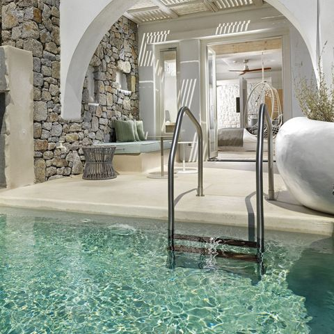 Swimming pool, Property, Water, Interior design, Building, Architecture, Room, Real estate, Tile, Floor,