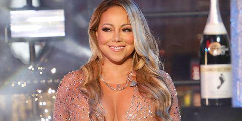 Mariah Carey lipsyncing New Year's Eve performance