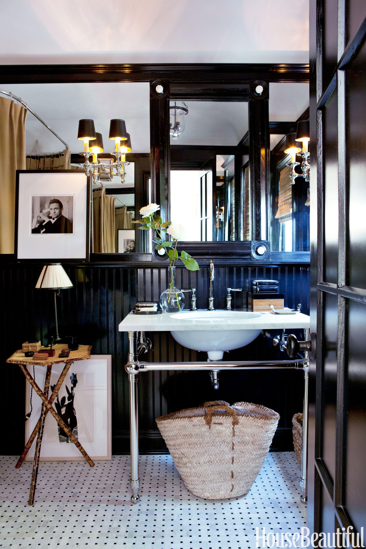 Ask a Designer: How Do I Decorate a Small Bathroom?