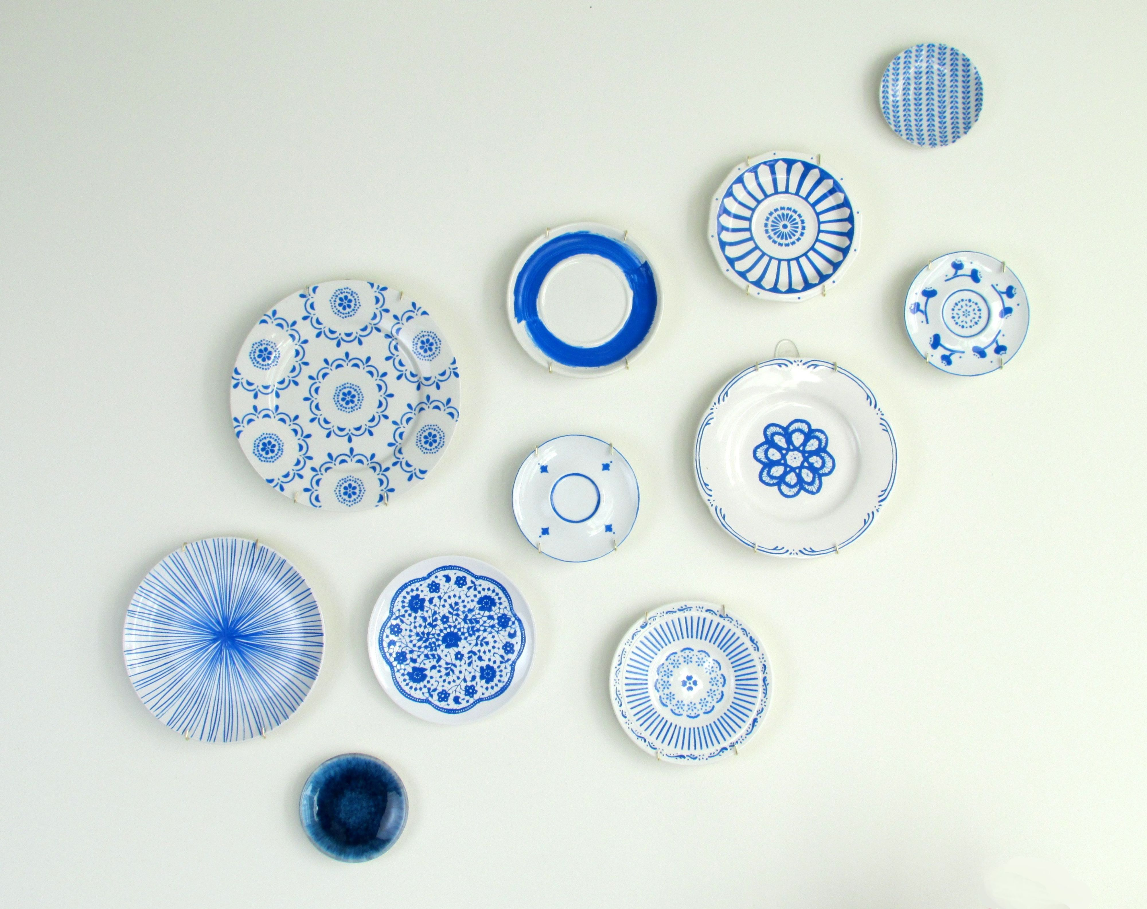 These pretty plates from Francois et Moi are the perfect solution to a boring white wall.  sc 1 st  House Beautiful & Blogger Sneak Peek: Hand-Painted Blue \u0026 White Plates