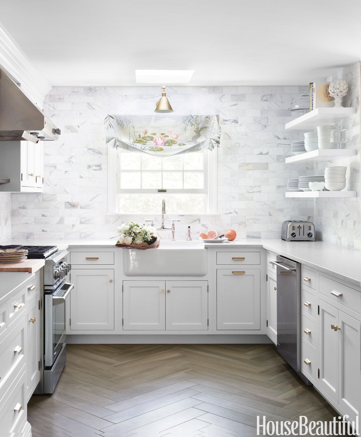 Best 25+ White kitchen backsplash ideas on Pinterest | Glass backsplash  kitchen, Backsplash kitchen white cabinets and Grey backsplash