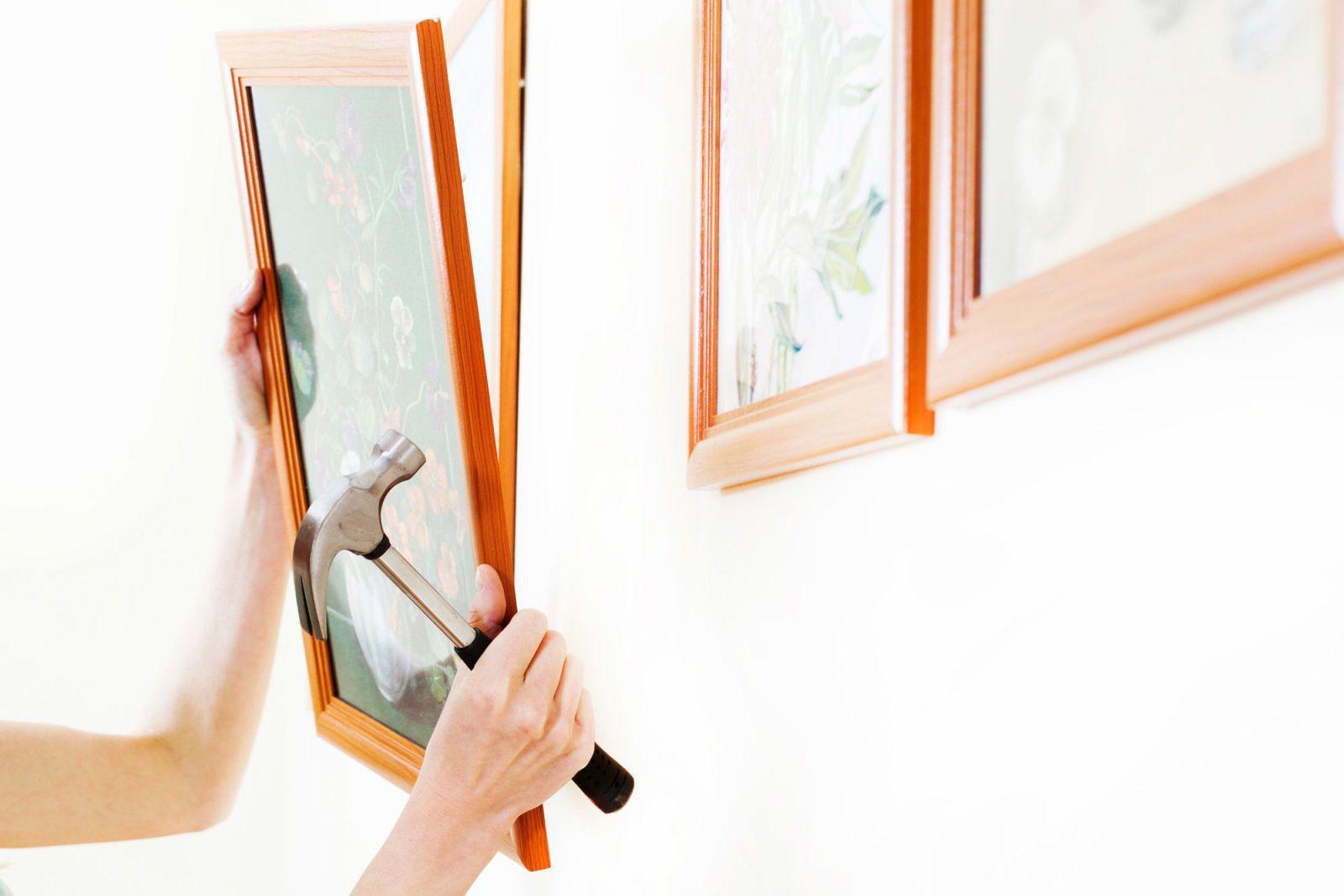 How to Hang Photos