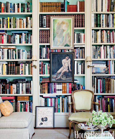 image - How To Decorate Bookshelves