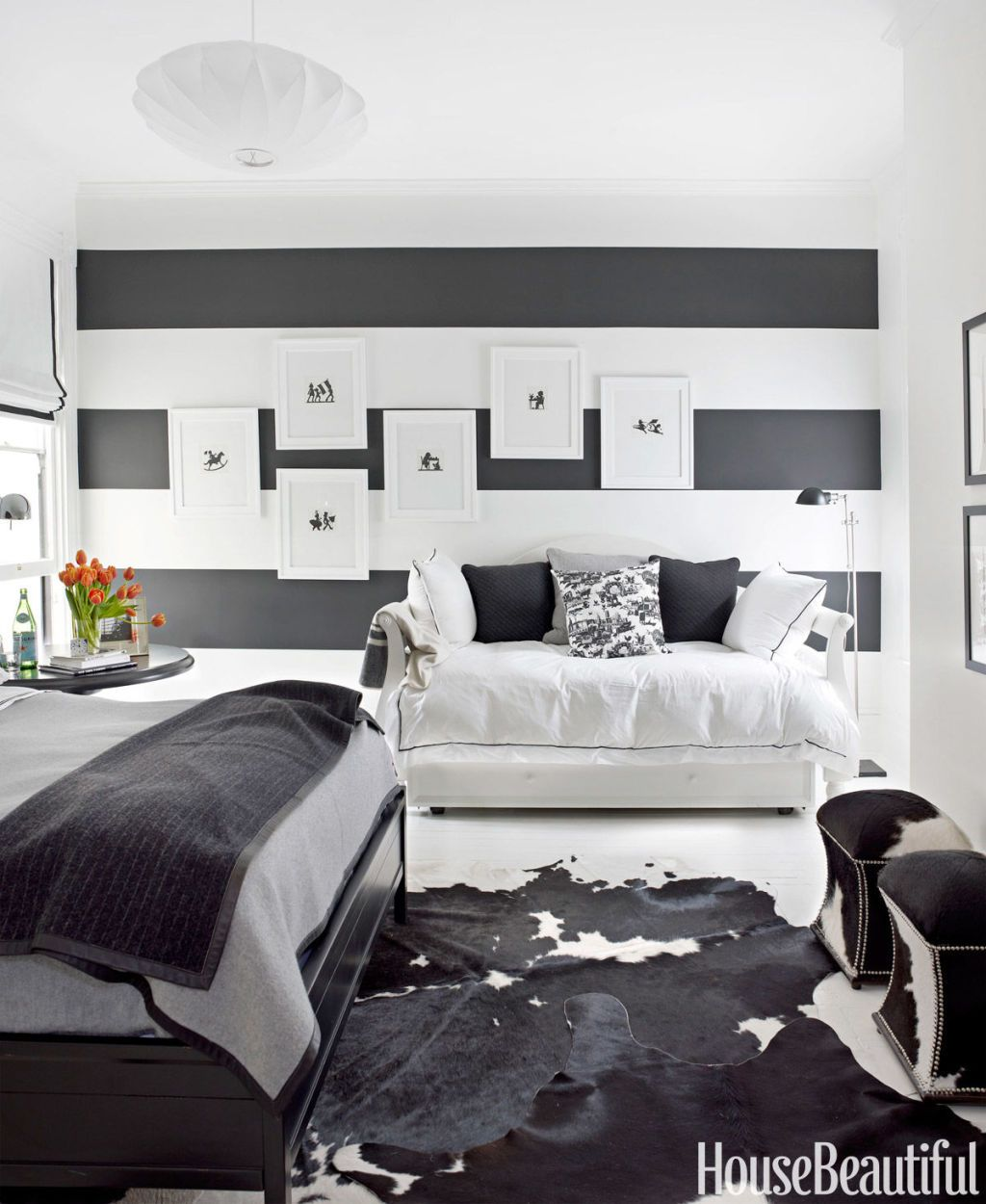 black and white designer rooms black and white decorating ideas rh housebeautiful com black and white rooms trading spaces black and white rooms tumblr