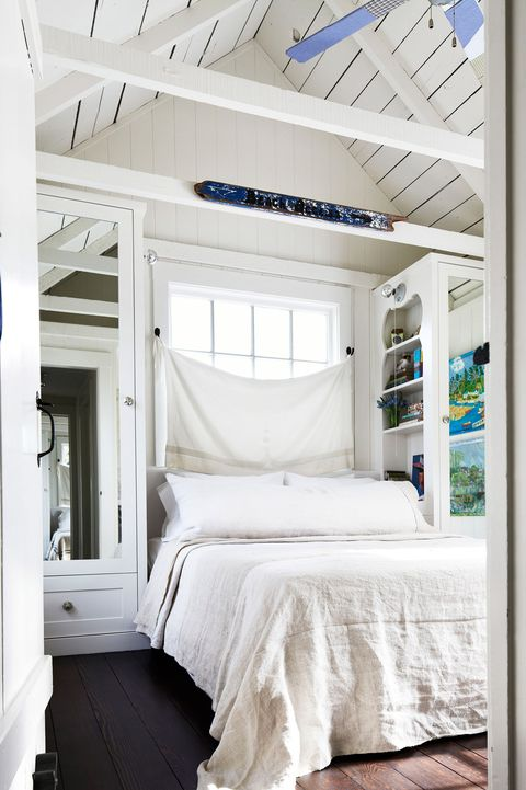 Beautiful Wood Paneled Rooms: 30 Small Bedroom Design Ideas
