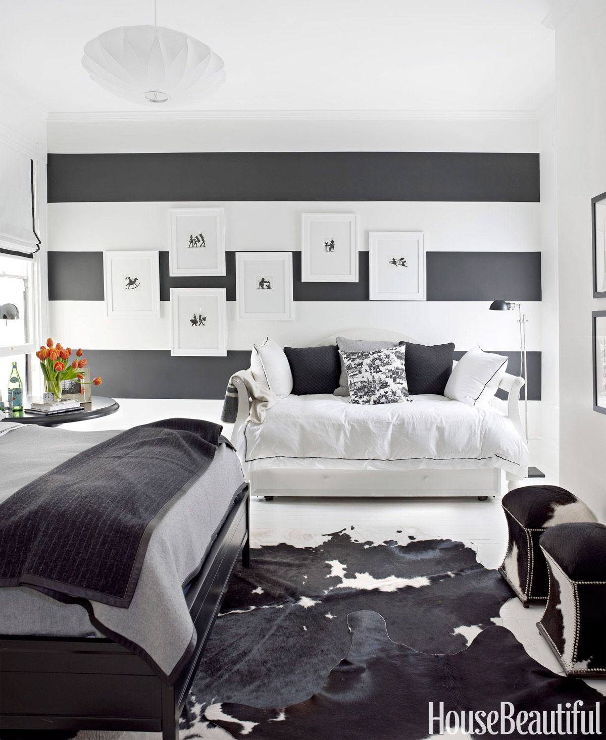 black and white designer rooms black and white decorating ideas - Bedroom Decorating Ideas With Black Furniture
