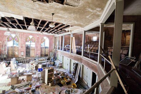 Interior design, Ceiling, Light fixture, Hall, Interior design, Beam, Ceiling fixture, Chandelier, Engineering, Service,